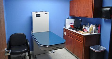 Bloomfield Animal Hospital Office inside clinic room 2